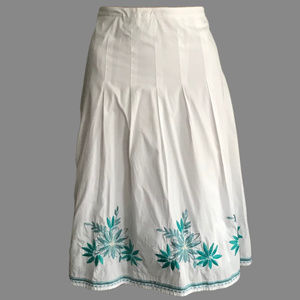 LAURA ASHLEY A-Line Cotton Embroidered Skirt 8